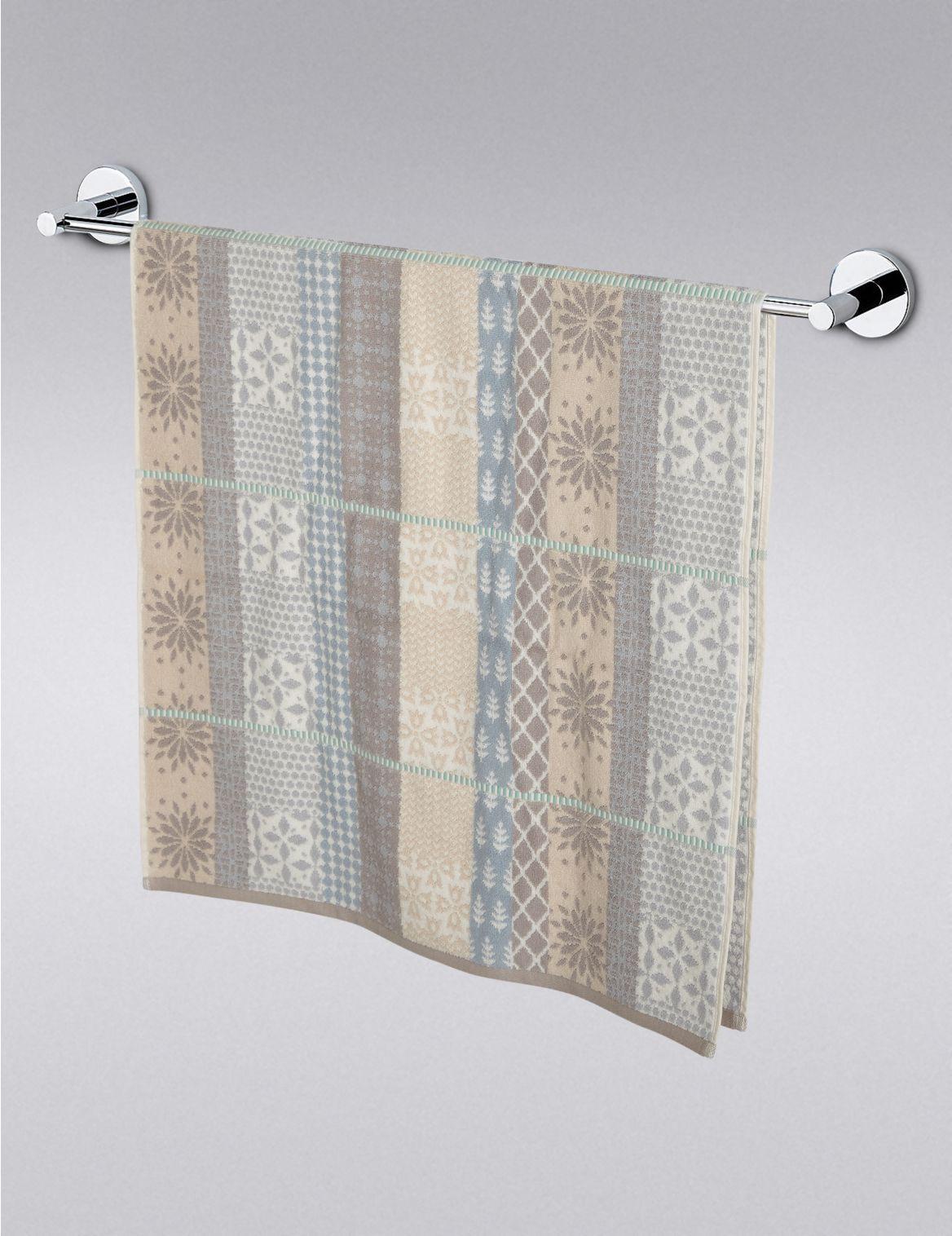Marks and Spencer - Serviette à motifs décoratifs variés