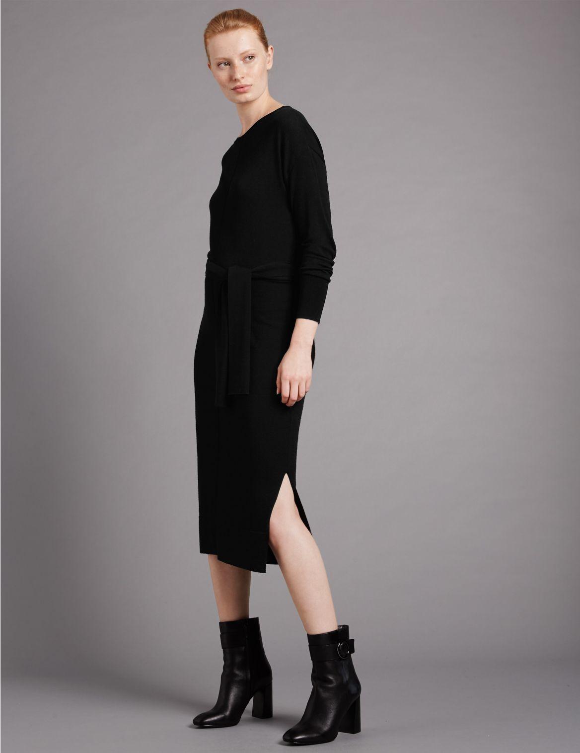Gebreide rechte jurk met ceintuur