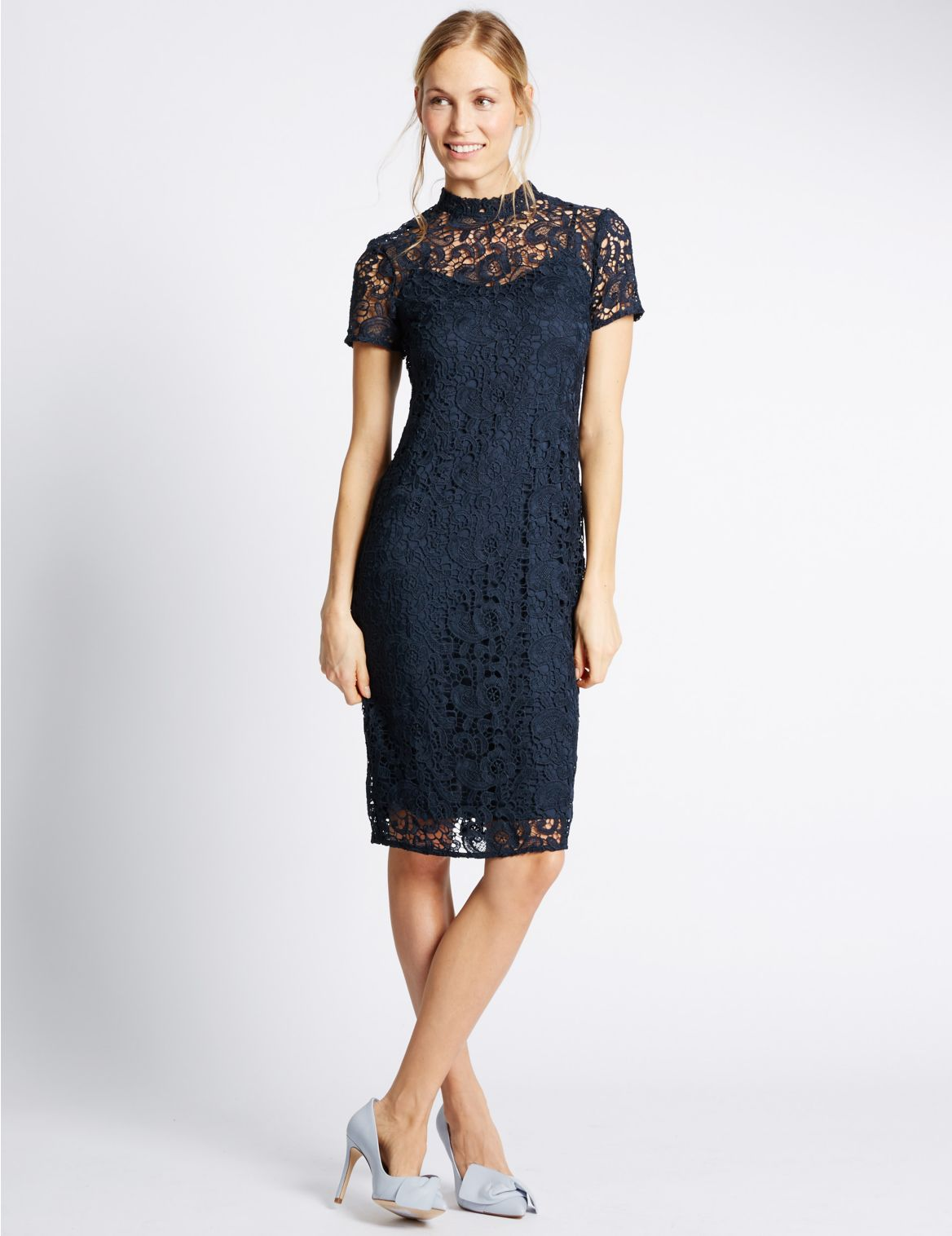 Rechte jurk met korte mouwen en