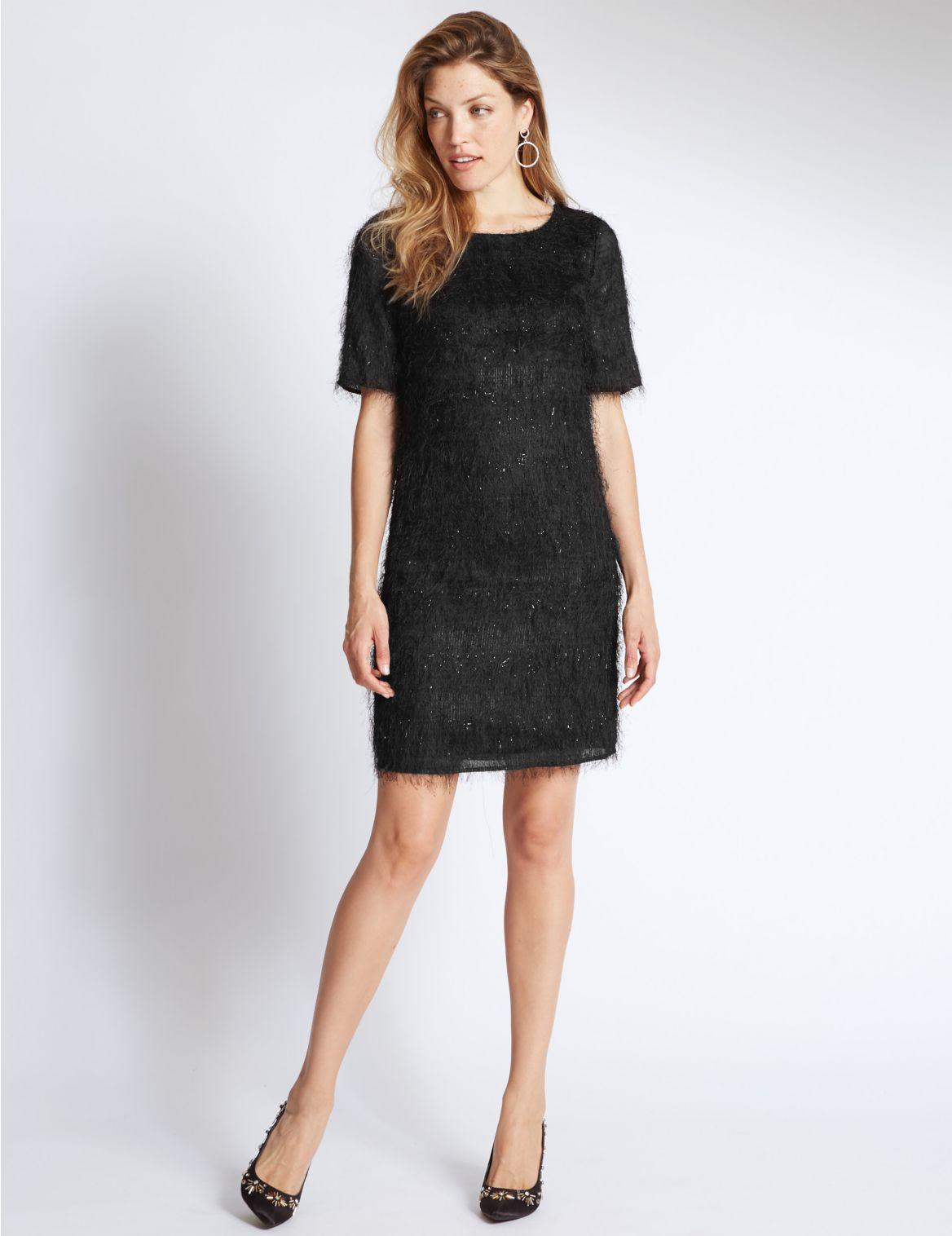Rechte jurk met halflange mouwen