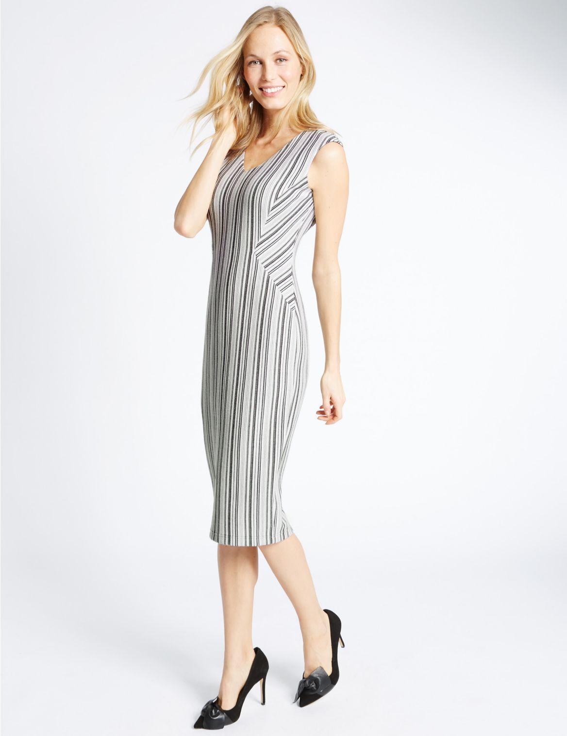 Gestreepte mouwloze jurk met