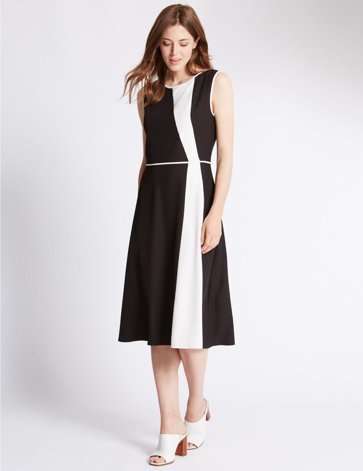 Rechte jurk zonder mouwen met