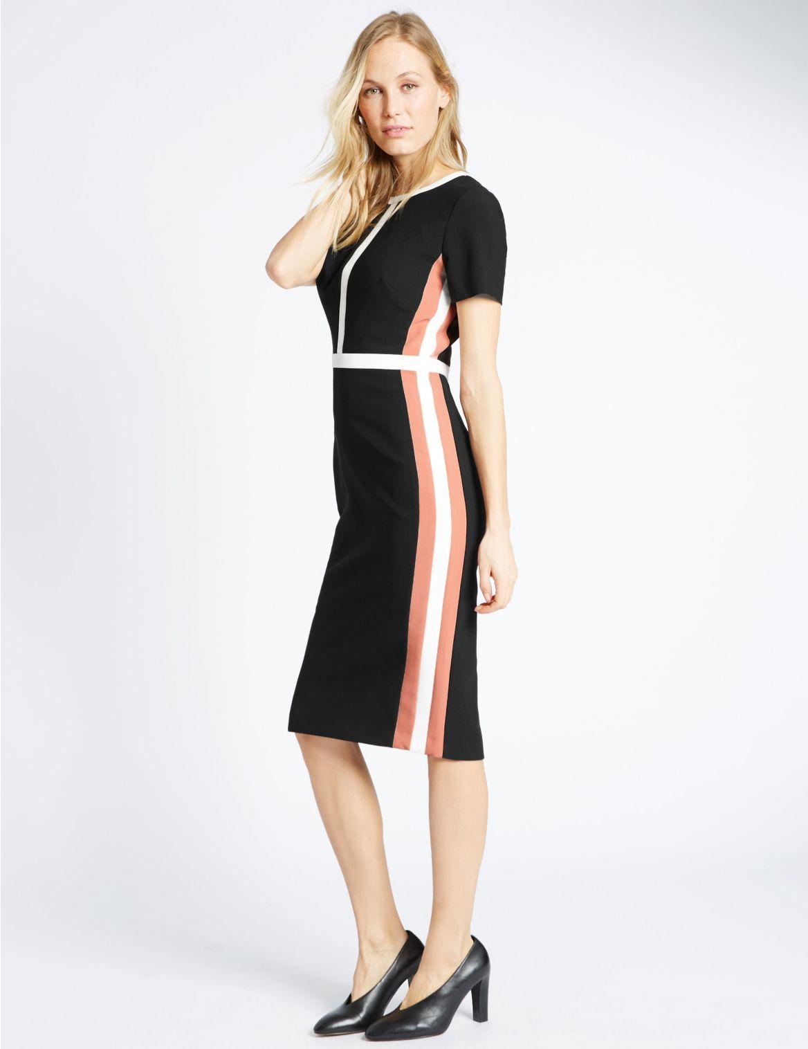 Rechte gevoerde jurk met korte