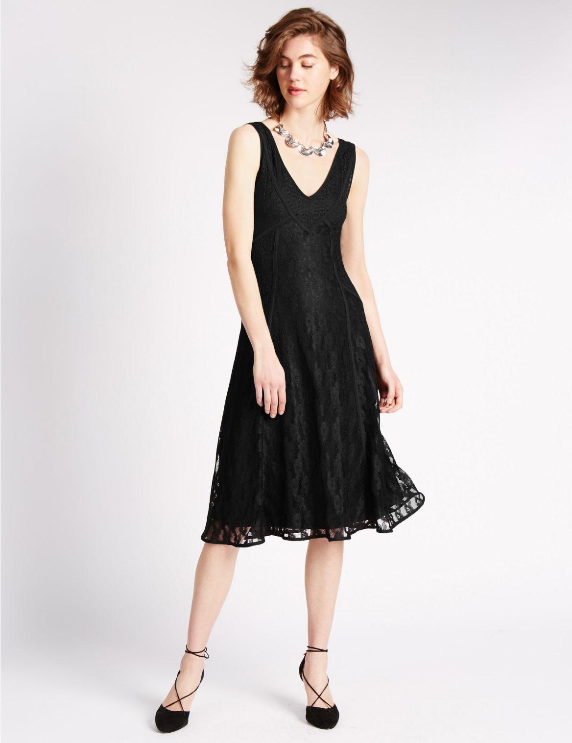 Kanten jurk met panddetail