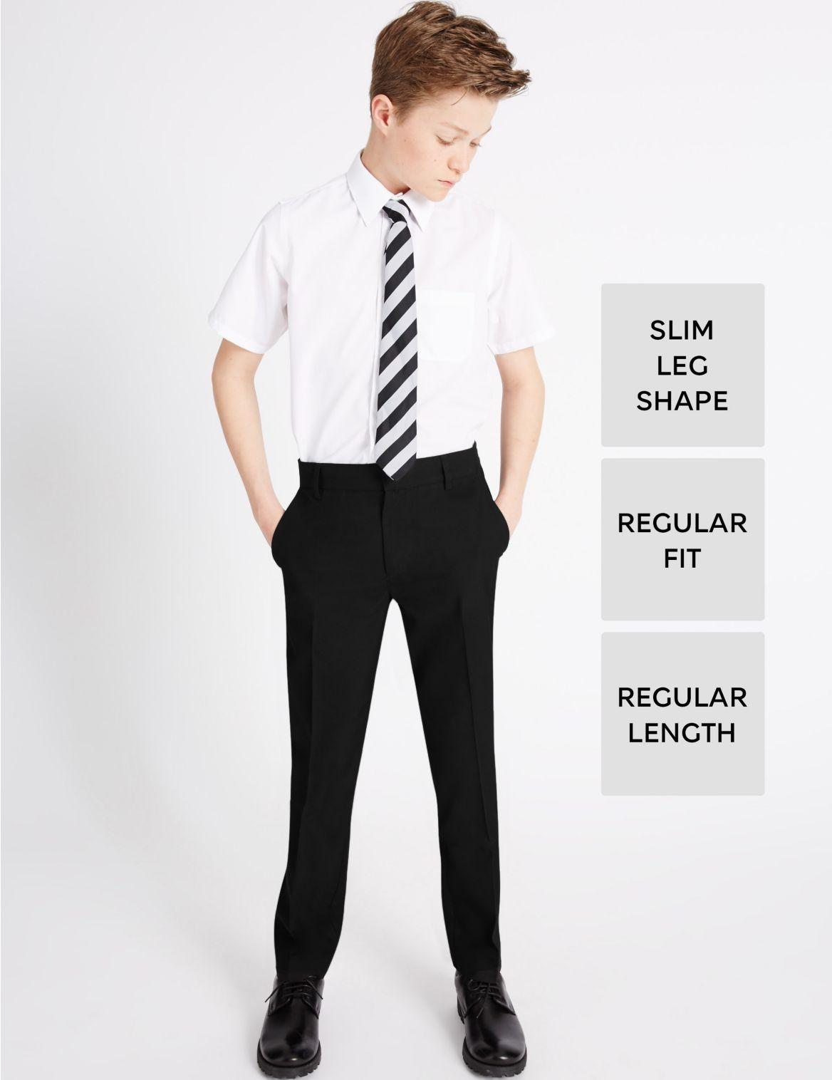 """Pantalon jeune homme coupe slim ? taille r??glable, dot?? des technologies Supercreaseâ""""? et Triple Action Stormwearâ""""?. StyleForme"""