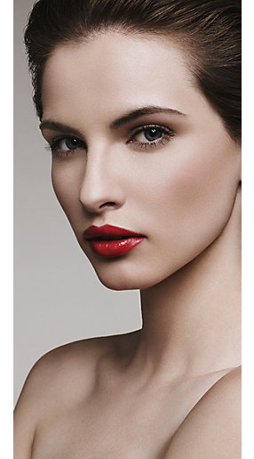 How to do the perfect red lip