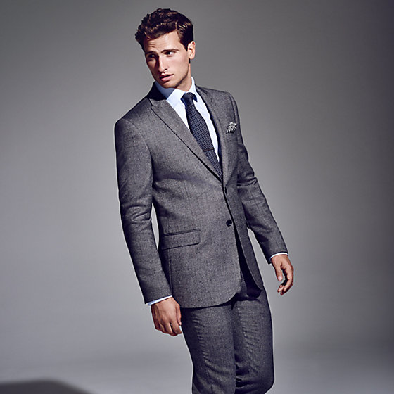 The modern men's slim fit suit