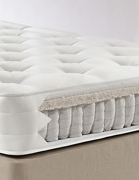 Natural 750 Mattress - Medium Support - 7 day delivery*