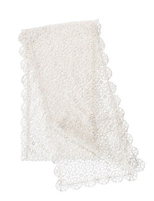 Daisy Lace Table Runner, IVORY, catlanding