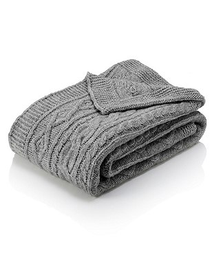 Knitted Throw, GREY, catlanding