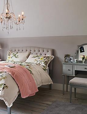 Darcey Bedroom Collection, , catlanding