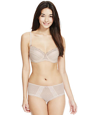 Cream Spotted Mesh Set with Balcony A-E