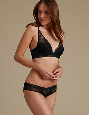 Artisan Lace Set with Padded Plunge A-E, , catlanding