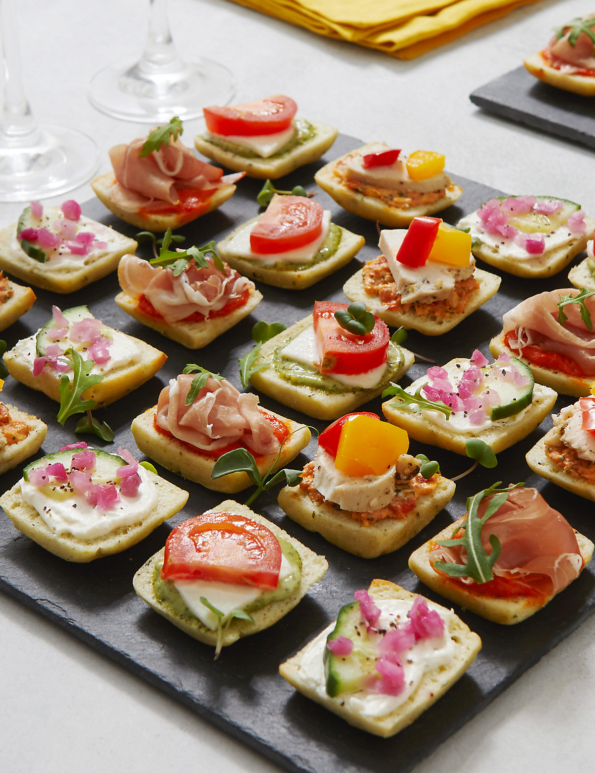 Antipasti mini canap selection 24 pieces bluewater for Canape aperitif