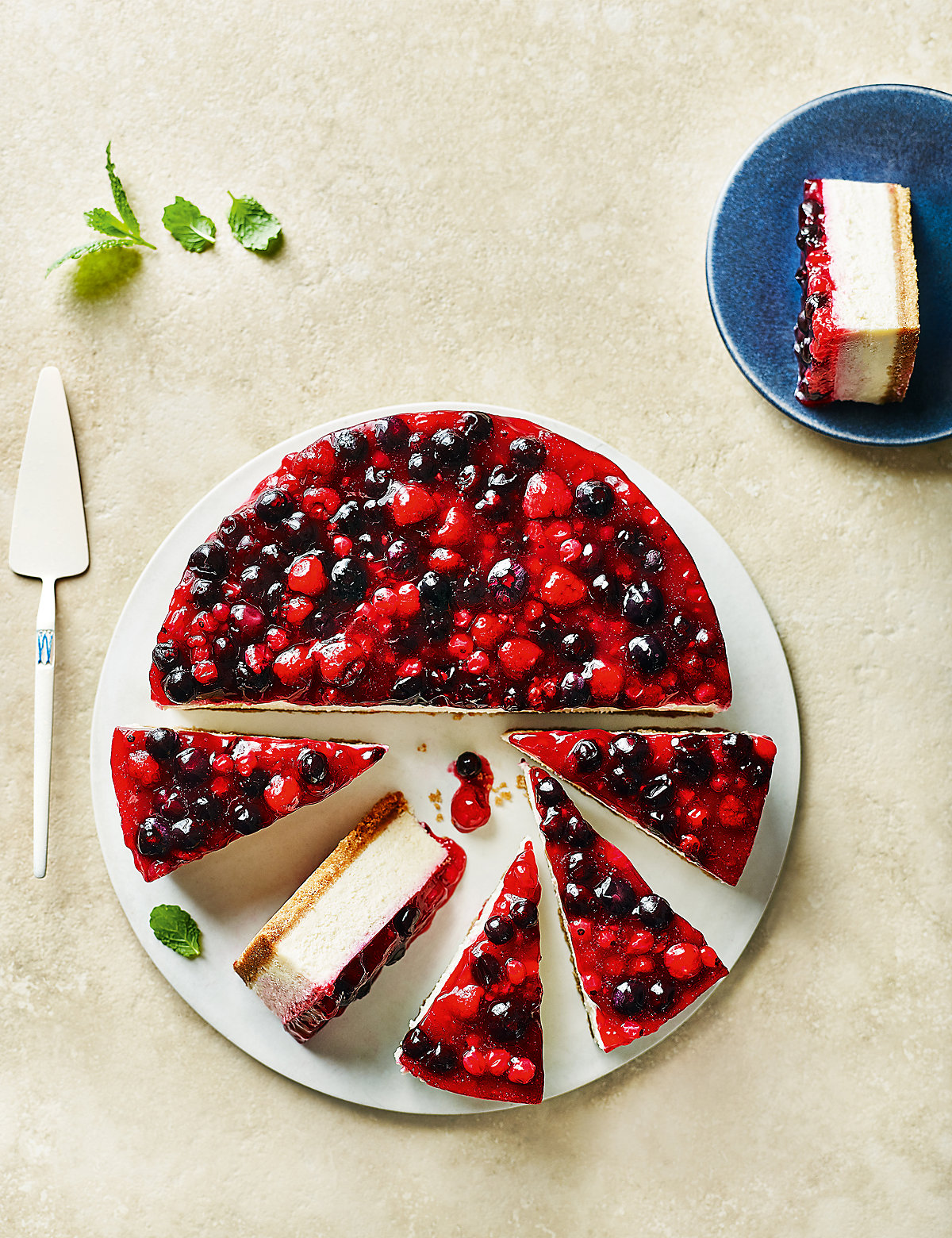 Very Berry Cheesecake (14 Serves)