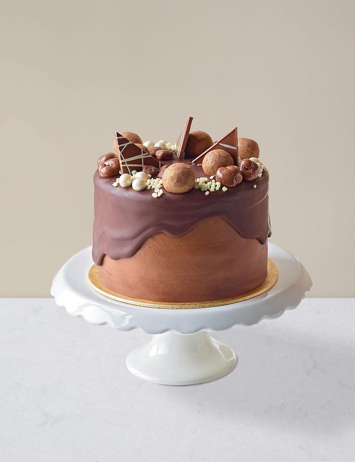 Chocolate & Caramel Dribble Cake