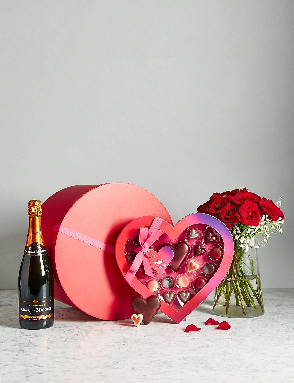 Valentine's Hat Box with Champagne, Roses & Chocolates (Pre Order)