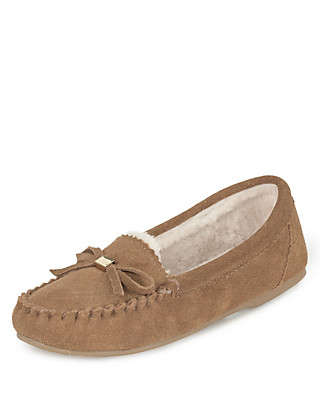 Freshfeet™ Suede Bow Moccasin Slippers Clothing