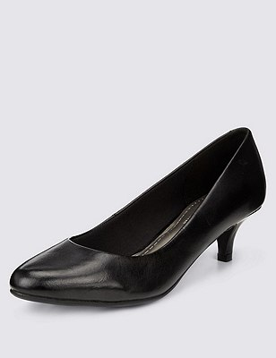 Freshfeet™ Leather Pointed Toe Court Shoes with Insolia® & Silver Technology, BLACK, catlanding