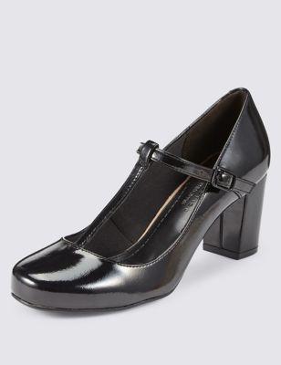Кожаные туфли с ремешком на блочном каблуке и технологиями Freshfeet™ и Insolia® & Silver Technology от Marks & Spencer