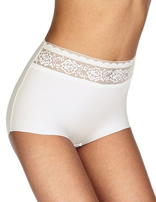 Smoothlines™ No VPL Lace High Rise Full Briefs, WHITE, catlanding