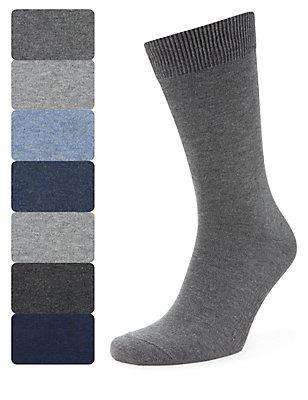 7 Pairs of Freshfeet™ Cotton Rich Plain Socks, , catlanding