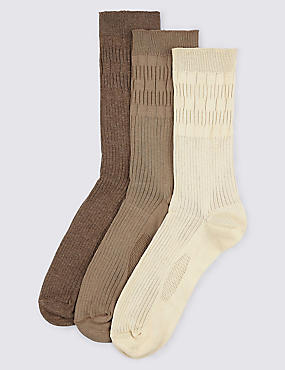 3 Pairs of Freshfeet™ Non Elastic Socks, BROWN MIX, catlanding