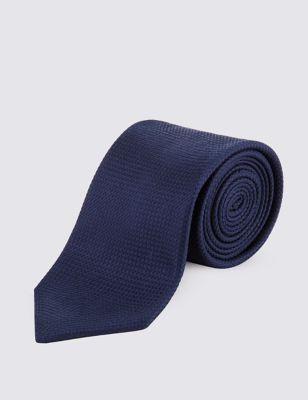 Однотонный текстурный галстук из натурального шёлка с технологией Stain Resistance M&S Collection T127631