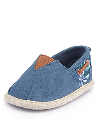 Eyelet Slip-On Espadrilles Clothing