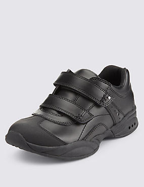 Freshfeet™ Flashing Lights Trainers with Silver Technology (Younger Boys)