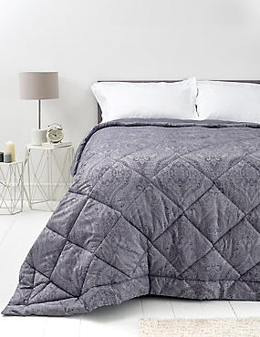 Paisley Jacquard Bedspread, , catlanding