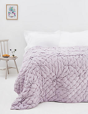Bobble Bedspread, LILAC, catlanding