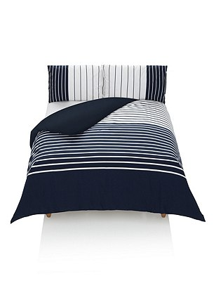 Bretton Striped Bedding Set, NAVY MIX, catlanding