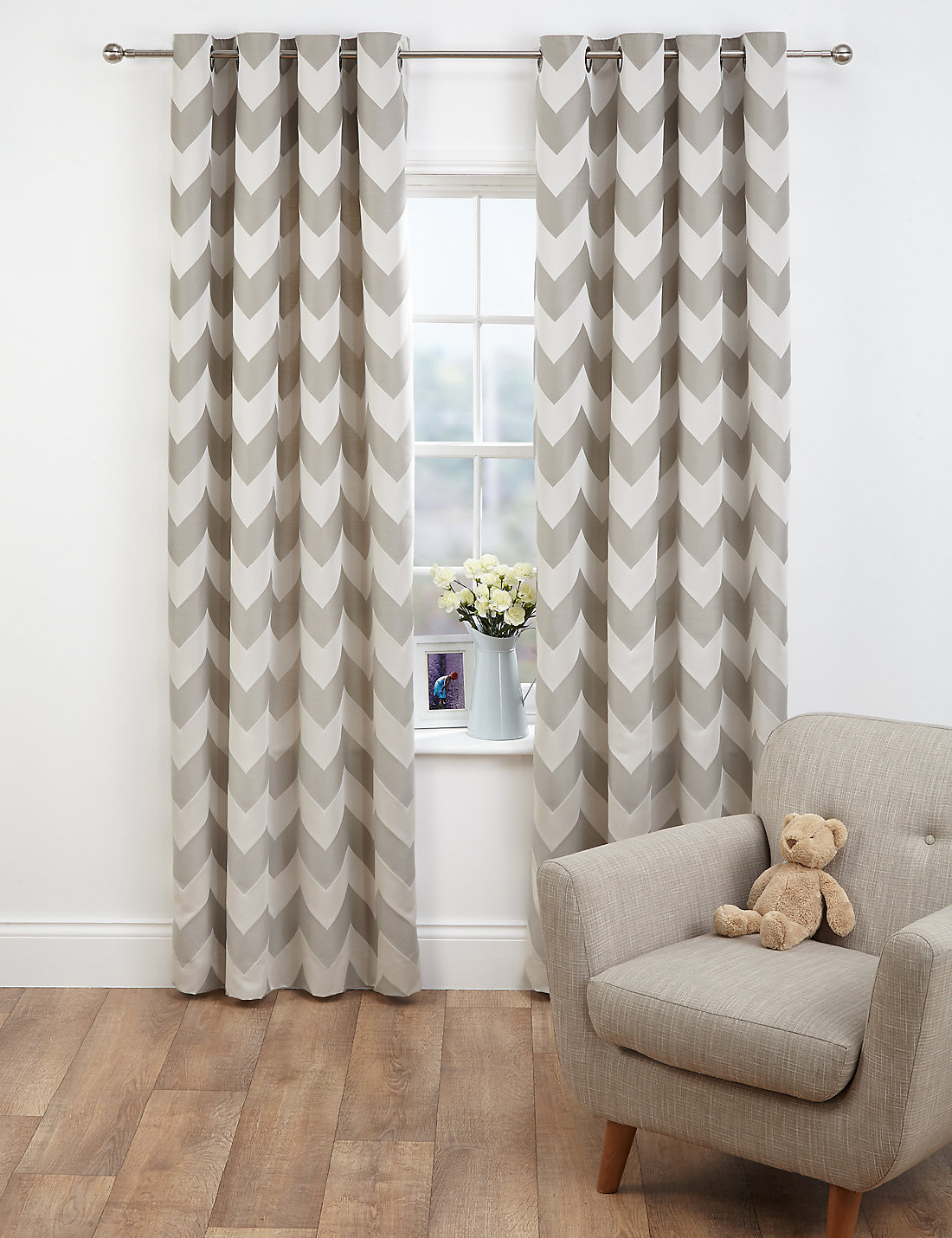 Chevron Jacquard Eyelet Curtains