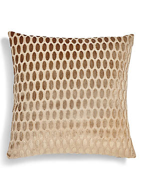 Velvet Oval Cushion, NATURAL, catlanding