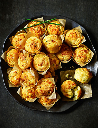 24 Cheese & Onion Mini Muffins Food