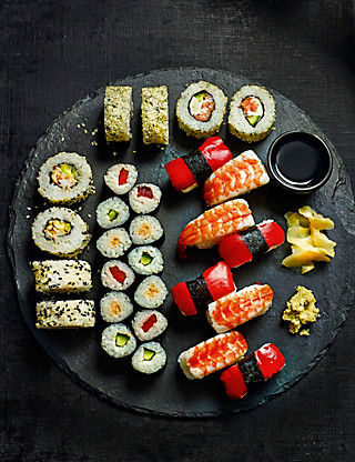Small Sushi Platter (28 Pieces) Food