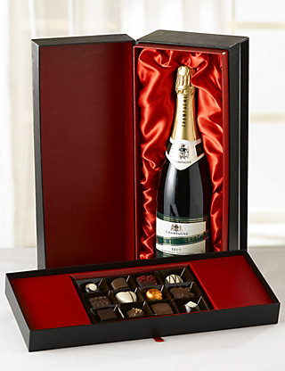 Red Touch of Class Gift Hampers