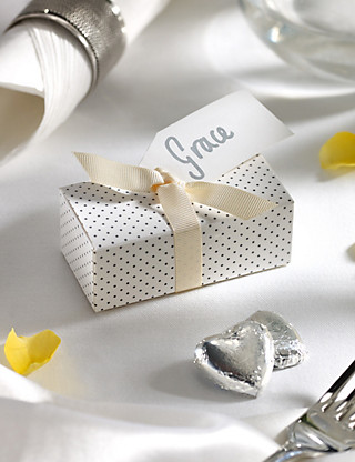 Silver Milk Chocolate Heart Wedding Favours in a Dotty Box with Cream Ribbon - Pack of 25 Hampers