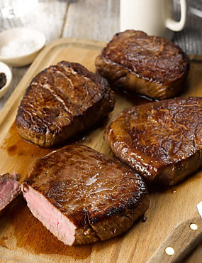 4 Aberdeen Angus Fillet Steaks
