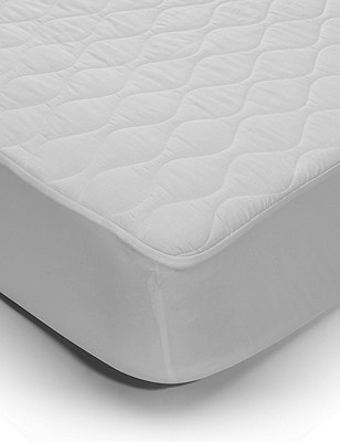 Comfortably Cool Mattress Protection, WHITE, catlanding