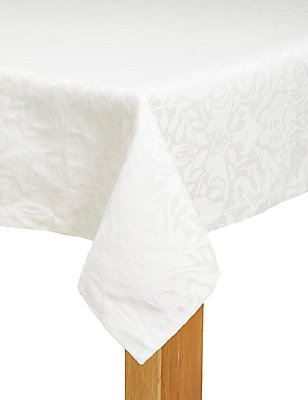 Metallic Damask Tablecloth, , catlanding