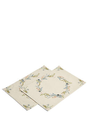 2 Pack Floral Embroidered Placemats, , catlanding