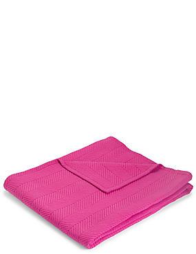 Quilted Bedspread, FUCHSIA, catlanding