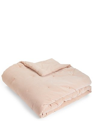Velvet Tufted Throw, PINK, catlanding