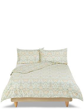 Allegra Tapestry Floral Print Bedding Set, GREEN MIX, catlanding