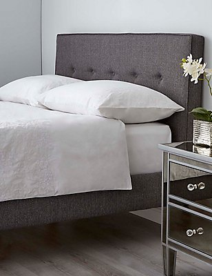 Floral Cuff Bedset, WHITE, catlanding