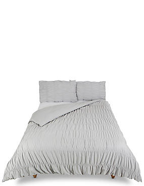 Casual Smocking Bedding Set, GREY, catlanding