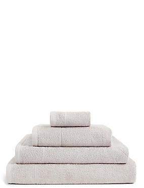 Lightweight Towel, MOCHA, catlanding