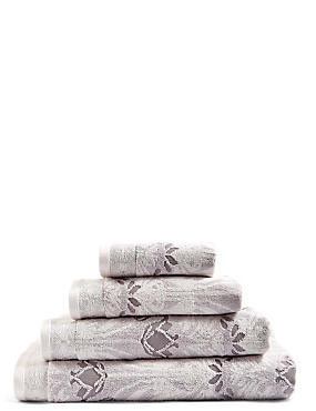 Hollywood Floral Towel, NATURAL MIX, catlanding